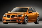 2009 Pontiac G8 GXP skrämmer de flesta framförvarande av vägen med sin grymma uppsyn! Dimljus vid sidorna av nedre kylaröppningen är standard.