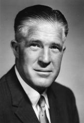 George W. Romney föddes den 8 juli 1907.