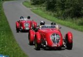 Två 1949 Healey Silverstone i Historic Racing.