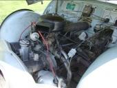 Luckorna i torpedväggen kunde demonteras för att göra ingrepp på instrument, radio med mera.