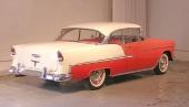 1955 blev första året för Chevrolet med helt inbyggda bakskärmar.