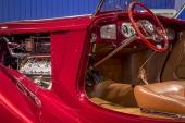 Den ultravaganta interiören är Packard original och passar som hand i handske i denna cruising-yacht!