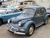Första modellen av Panhard Dyna var en liten knubbig figur!