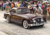 En 1952 Nash-Healey Coupe gör berättigat uppseende på en bilträff i California.