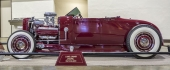 Shown Killon visade upp sitt fabulösa bygge på en 1928 Lincoln! Till utomordentlig hjälp har han haft Loose Cannon Customs!