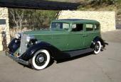 1934 Nash Ambassador Eight Model 1293 Brougham. Motorn är en rak toppventils 8-cyl maskin på 322 cu.in och 125 hk.