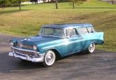Mångfalden av färgalternativ tillsammans med ett stort antal 2-färgskombinationer var nödvändig. Chevrolet sålde så mycket bilar, att kunderna krävde mångfalden.