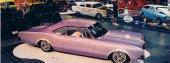 Men ibland ger sig D´Agostino på även andra märken, som här en linjeskön 1966 Oldsmobile.