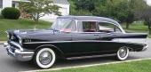 Och det var väl just som svart 4dr Sedan vi minns 1957 års Chevrolet här i Sverige.
