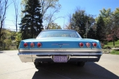 1965 Chevrolet Impala 4dr Hardtop Sedan