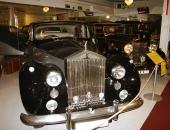 En imposant 1959 Rolls-Royce Silver Wraith.