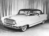 Här presenteras den helt nya 1955 Nash Ambassador Custom Country Club Hardtop.